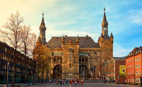 Rathaus vom Katschhof